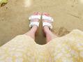 夏のサンダル!足の甲の日焼け気になりませんか?