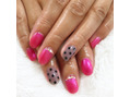 ピンク&シースルーネイル