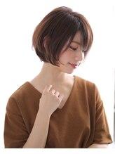 エフ ヘアーアンドリラクゼーション(F. hair & relaxation)【F.】大人ショートボブ
