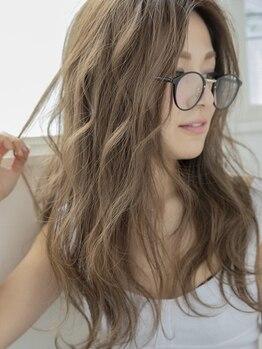 ヘアラウンジ(Hair Lounge By BE AREA)の写真/人気のカラー剤を複数取り揃えてます◎なりたいイメージや髪質に合わせて選びます!