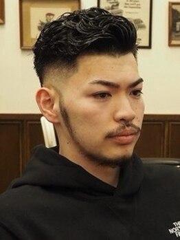 ヒロギンザ 八重洲店(HIRO GINZA)の写真/顔周りのお手入れは入念に!今までよりもっと魅力的なあなたに。[ヒロ銀座/八重洲店]<理容室>