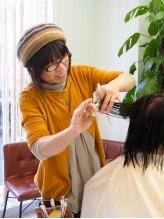 ナチュラル ヘア レイナ(Natural Hair REINA)AKIKO