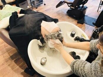 ヘアーハウス オハナ(Hair house Ohana)の写真/三条では希少なダヴィネスヘッドスパ取扱い♪頭皮の汚れや紫外線のケアにおすすめ!メンズ限定クーポンも◎