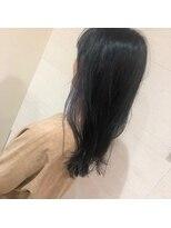 アフロートナゴヤ(AFLOAT NAGOYA)透ける暗髪の秘密はインナーカラー!