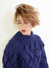 アース 上野店(HAIR&MAKE EARTH)ハイトーンで魅せる☆セミウェットボブ