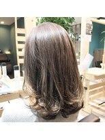 ヘアーガーデンロルド(hair garden Rold)圧倒的な透明感ハイライトミックス