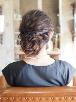 ノエル ヘアー アトリエ(Noele hair atelier)『Noele』ヘアセット×ツイストアレンジ