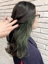 インナーカラー!淡いグリーン系カラー