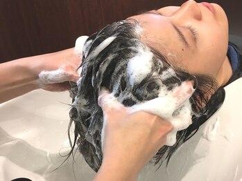 メリーランド 武蔵新城本店(MerryLand)の写真/トリートメント効果もある【美容液スパ】が人気★濃密なホイップで、髪全体を包み込むようにケア♪