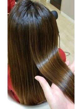プッカ ヘアー(pukka hair)の写真/カラー剤にもアミノ酸を贅沢に配合!薬剤デトックスでその日のダメージを無かったことに…