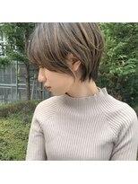 【ハンサムショート×前髪なし】プラチナアッシュ ハイブリーチ