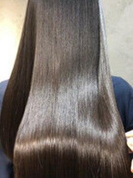 ジジ(GIGI)の写真/【垂水駅3分】柔らかく。滑らかに。大人の魅力引き立つ、素髪から美しいストレートヘアを