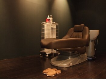 サイズカラーフリップ コレットマーレ店(XXXY'S COLO FLIP)の写真/■贅沢個室■最高のヘッドスパルームで喧騒を忘れたひととき。【15種のSPA】からあなた専用スパをご用意!