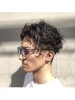ヘアー アイス ルーチェ(HAIR ICI LUCE)スパイラルパーマ ランダムパーマ 2ブロック メンズパーマ