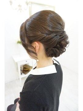 ツヤ上品アップ:L003805983|ヘアアンドメイクジップ恵比寿 (Hair ...