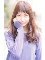 ダミアバイルル(DAMIA by LuLu)ショート前髪&ゆるふわセミロングで小顔効果スタイル
