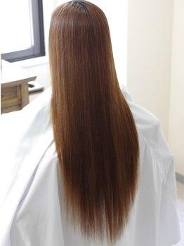 リリーフ ヘア(ReLIEF hair)の写真/【地肌が敏感な方にオススメ】シャンプートリートメントもバーデンスを使用。地肌の負担を最小限に抑えて◎