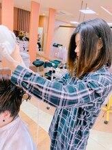 ヘアーズギャラリードゥ(HAIR's GALLERY Deux)松本 節子