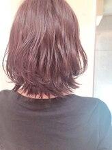 ヘアクリニック アングレーヌ(Hair Clinic Un graine)カシスな外ハネボブ