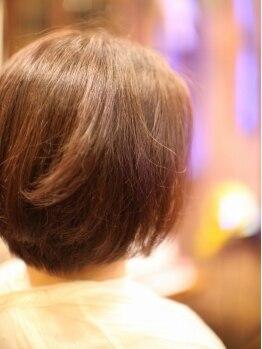 """ノーションヘアプロダクツの写真/独自手技""""Volume Control Cut""""で美フォルムを創る!ブローなしでもスタイルがキマる楽々ヘアを作ります♪"""