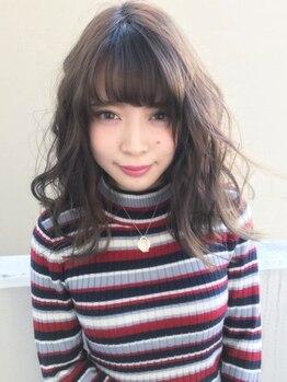 """ヘアーローラン 藤沢(hair LORAN fujisawa)の写真/『オトナのための外国人風』パーマ。""""自然とキマる""""<ルーズウェーブ><ゆるフワパーマ>"""