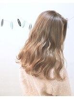 ヘアーデザイン アコースティック(Hair Design ACOUSTIC)ミルクティーカラー