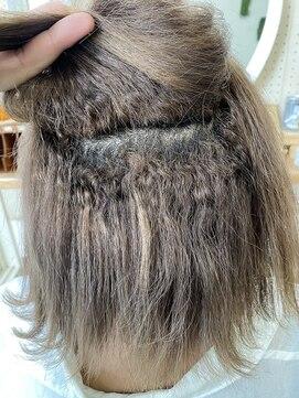 アンフィドットドゥルドゥ(AnFye.dueldo)高難易度ジュエリーシステム縮毛矯正【CALURE】で艶髪ストレート