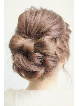 結婚式 髪型 ロングヘアアレンジ ユルフワリボン¥2100