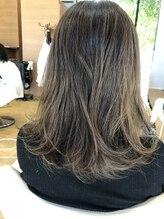 ベルポートヘア(Bellport hair)透明感アッシュカラー+ハイライト