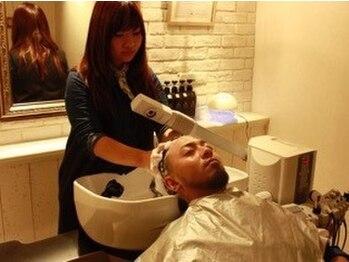 セピア 武蔵浦和店(SEPIA)の写真/メンズの頭皮お悩み改善スパ。乾燥が気になるこの季節に◎オイルの力でニオイケア&抜け毛対策!!