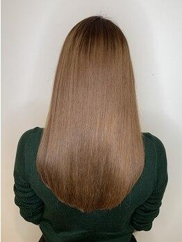 アフィナー(Afinar)の写真/ブリーチなどでダメージを受けた髪も潤い溢れるさらさらストレートに♪髪質改善/TOKIOなどヘアケアも充実◎