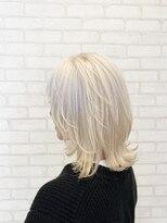 ビス ヘア アンド ビューティー 西新井店(Vis Hair&Beauty)10代20代外ハネウルフホワイトベージュ/マッシュウルフ/