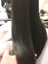 一人一人の髪のキレイに徹底的にこだわります。全国の1%のサロン導入トリートメントで髪本来の美しさへ