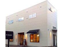 ジェーズビューティー リタッチカラー専門店(J's beauty)の雰囲気(駐車場は表は4台、裏は5台停めれます。)