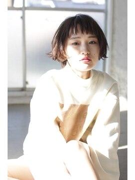 ショートバングボブ 前髪ぱっつんボブ ナヌーク 渋谷店 ショートバング × wetな束感ショート