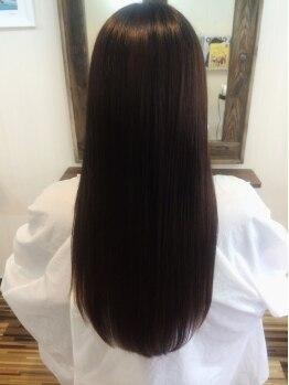 ラニカイ(LANIKAI.)の写真/オーガニック使用の水縮毛矯正!根元から毛先まで丁寧に施術していくので、つるん♪とした扱いやすい髪に☆
