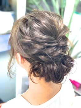 ヘアメイクサロン ブーム ヘアデザイン(boom hair design)の写真/【ヘアセット】特別な日はプロの手で、一人ひとりの魅力を引き出すスタイルに♪大切な日を素敵に演出!
