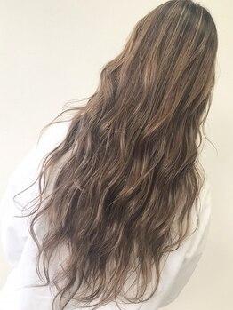 """エモーシオン(HAIR CREATE EMOTION)の写真/【福井市渕☆】あなたに""""JUST+α""""な今までにないヘアスタイルをご提案致します♪ぜひご相談下さい。"""