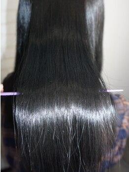 ヘアーデザイン ヴィヴィ(Hair Design ViVi)の写真/高品質薬剤にこだわる【vivi】に、髪質改善を叶える新ライン≪Re:Cair-リケア-≫が登場!美髪に導きます♪