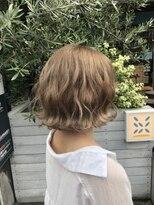 シャチュー 渋谷本店(SHACHU)〈ミルクティーボブ〉