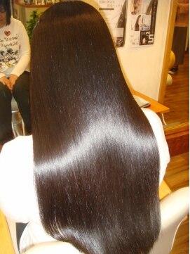 綺麗な髪を維持するためにやるべき髪の洗い方 肌と同じく髪の毛も綺麗なま... 綺麗な髪を維持する