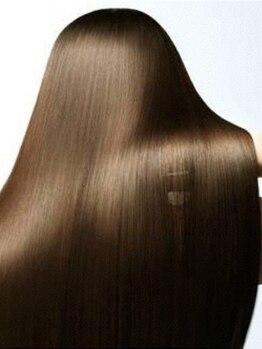 ナトゥーラ 札幌駅北口店(Natura)の写真/ノーベル賞受賞成分フラーレン配合の【TOKIOトリートメント】導入☆最先端ケアで潤い溢れる美髪に♪