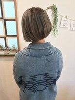 ヘアーデザイン アコースティック(Hair Design ACOUSTIC)首が綺麗に見えるミニボブ