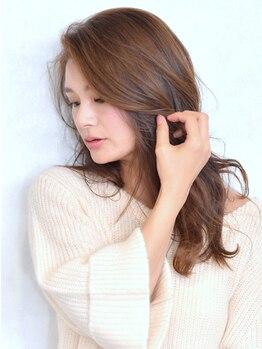 """トーキョーヘアーギンザ(TOKYO hair GINZA)の写真/[THROWカラー]で染める、""""透明感×柔らかい""""グレイカラー★上品な仕上がりで今まで諦めていたカラーも◎"""