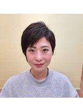 ヘアーサロン ミマ(Hair Salon MIMA)前下がりベリーショート刈上げスタイル