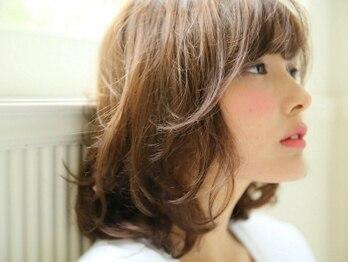 アンヘアー(UNHAIR by shiomiH)の写真/<ノンダメージサロン(R)公式認定>受賞歴あり&有名ファッション誌も多く手がける実力派stylistが多数!