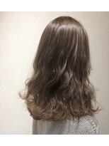 ノル(nol hair&spa)ファギーアッシュベージュ