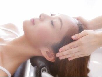 ソーフォーヘアー(So for hair)の写真/エイジングケアヘッドスパ♪ヒアルロン酸配合で頭皮に潤いを与え、新しく生えてくる髪にハリ・コシが誕生!!
