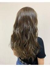 イコ ヘアー デザイン(ICO hair design)ハイライトたっぷり透明感カラー