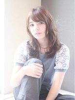 クィーンズガーデンバイケーツーギンザ(QUEEN'S GARDEN by K two GINZA)[K-two銀座]レイヤーと流し前髪で丸顔カバー